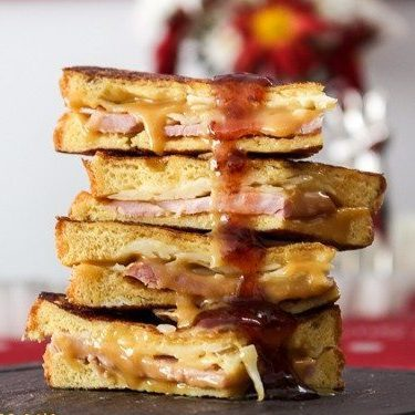Monte Cristo Sandwich with Pumpkin Honey Mustard & Triple Berry Jam @ Spoonabilities