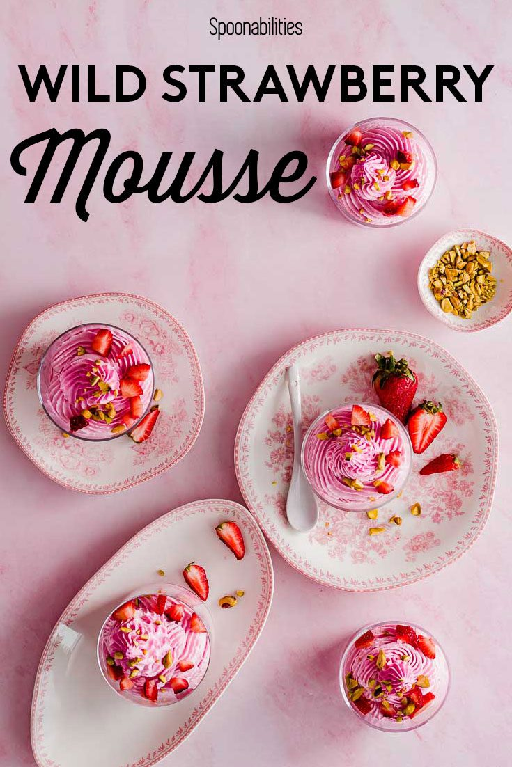 5 Strawberry Mousse on plates on a pink background